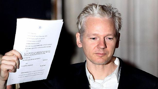 BREAKING: Judge Rules On Assange Arrest Warrant!